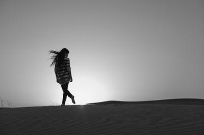 Фотография с глупым романтическим названием... Summilux 75 пустыня закат силуэт