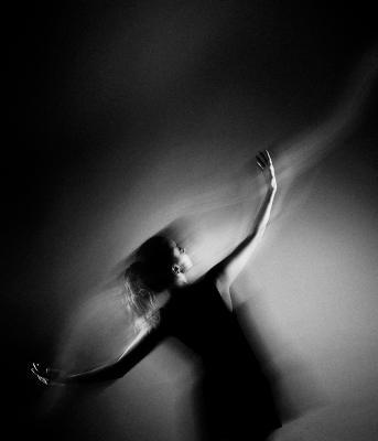 "Танец с ""тонкими материями"""