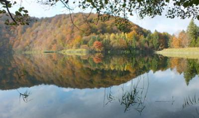 Осенняя симфония Хорватии - вид 1 Осень Национальный парк Плитвицкие Озера Хорватия