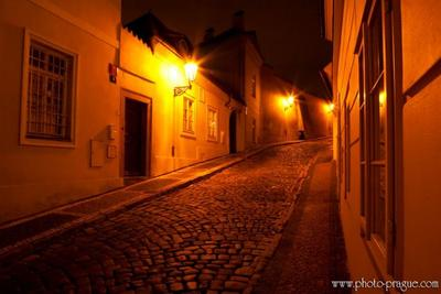 Улицы Праги. Чернинска улица http://www.photo-prague.com