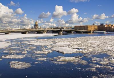 Весна идет Петербург, Нева, лед, облака, март