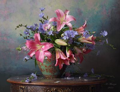 Натюрморт с лилиями цветы лилии