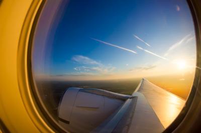 Взлетаем! Взлёт шереметьево рассвет крыло самолёт авиация споттинг боинг boeing 777 boeing777