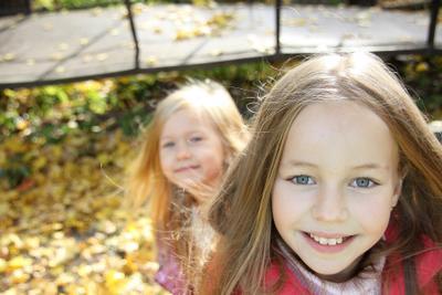 солнышки) девочка тёплая осень октябрь солнце