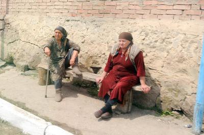Местный колорит Кабардинно-Балкарии Женщины Кавказ Колорит Приэльбрусье