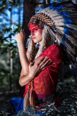 Индеец Роуч перья