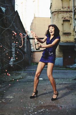 За знакомство девушка шампанское эпотаж улица