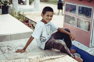 На могиле могила кладбище мексика ребёнок