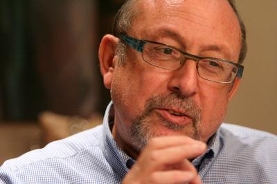 Жан-Люк Дюрами, директор Du pont Восточная и Центральная Европа Du Pont, бизнес, руководитель