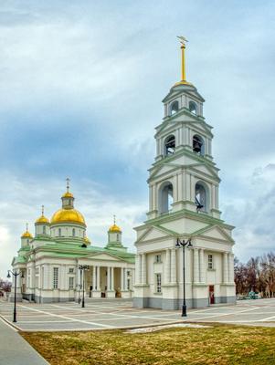 Спасский кафедральный собор. Пенза собор пенза canon 70d