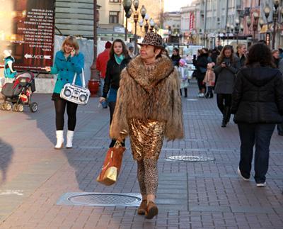 Мода люди лица город прохожие уличный портрет стрит мода