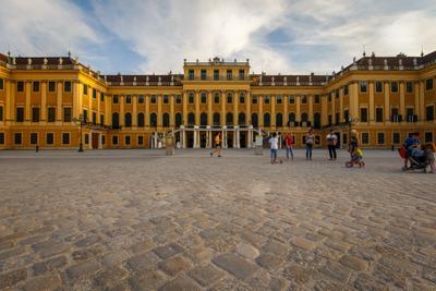 Дворец Schoenbrunn, парадный подъезд