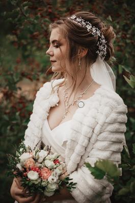 Белоснежка без гномов осень девушка невеста