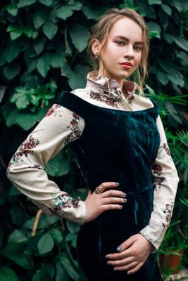 Orangery портрет девушка цвет волосы зелёный стиль лето весна