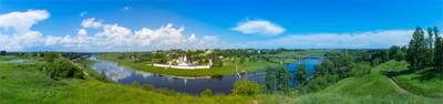 Панорама Свято-Успенского мужского монастыря Свято-Успенский мужской монастырь Успенский Старица летний пейзаж церковь храмы