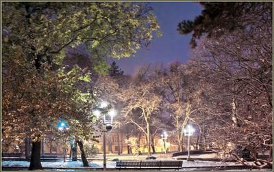 Вечерний город (21) город,улица,парк,снег,вечер