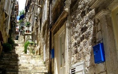 Улица-лестница улица, лестница, Дубровник, Хорватия