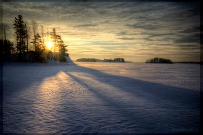 Восход на зимней Ладоге ладога шхеры острова небо снег солнце восход