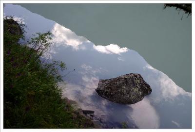 Камни Кучерлинского озера . камень, алтай озеро кучерлинское