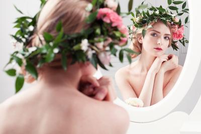 *** цветы модель девушка красота венок белое утро нежность каталог визаж