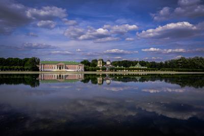 Летний день Лето усадьба Москва пруд отражение архитектура Небо облака