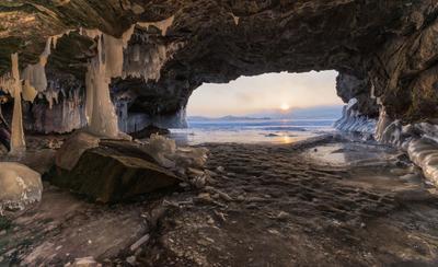 Гроты Хальтэ. Байкал Малое море Хальтэ грот лед сокуи Февраль