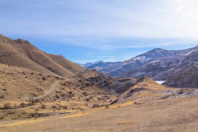 Зимой природа отдыхает Приэльбрусье