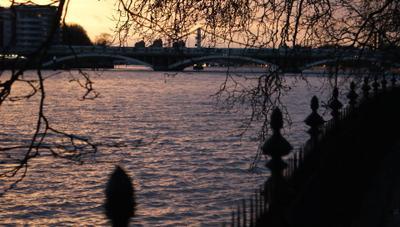 River.Evening.London