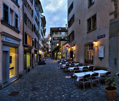 Цюрих зажигает огни-2 Швейцария Цюрих кафе вечер
