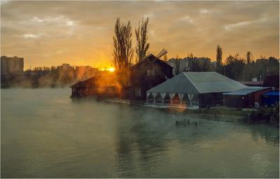 В рассветных лучах.. осень утро озеро рассвет