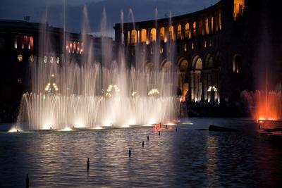 """""""Поющие""""фонтаны фонтаны, путешествие...."""