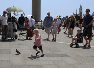 Детство...... Венеция площадь Сан Марко полдень жизнь судьба
