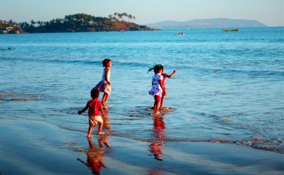 Дети и в Индии дети дети радость море