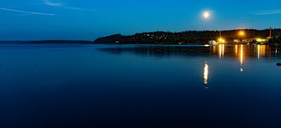 Ночь над заливом