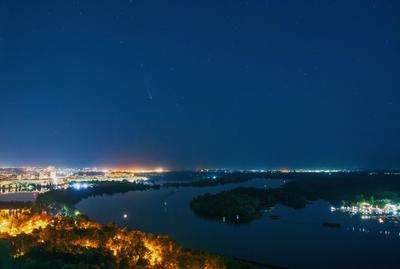 Комета над Киевом_2 комета comet neowise C 2020F3 ночной пейзаж ночное небо Киев звездное звезды