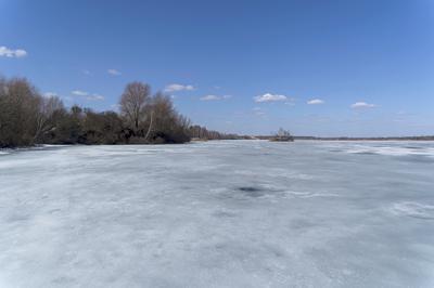 Апрель. Последний лед.
