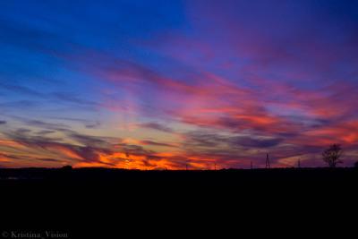 Акварельный закат над полем закат облака вечер пейзаж небо акварель прекрасно