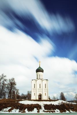 ЛЕТЕЛИ ОБЛАКА... Церковь Покрова на Нерли
