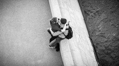 *** жанр улица Москва отношения прогулки отдых поцелуй композиция