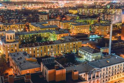 Вечером все сидят дома Санкт-Петербург