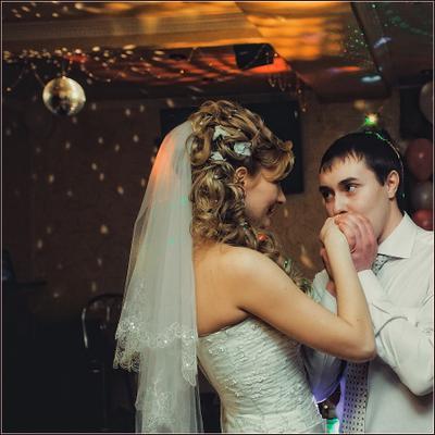 Любя... lm-photo.ru свадьба жених невеста Миронов Леликова фотограф свадебный wedding