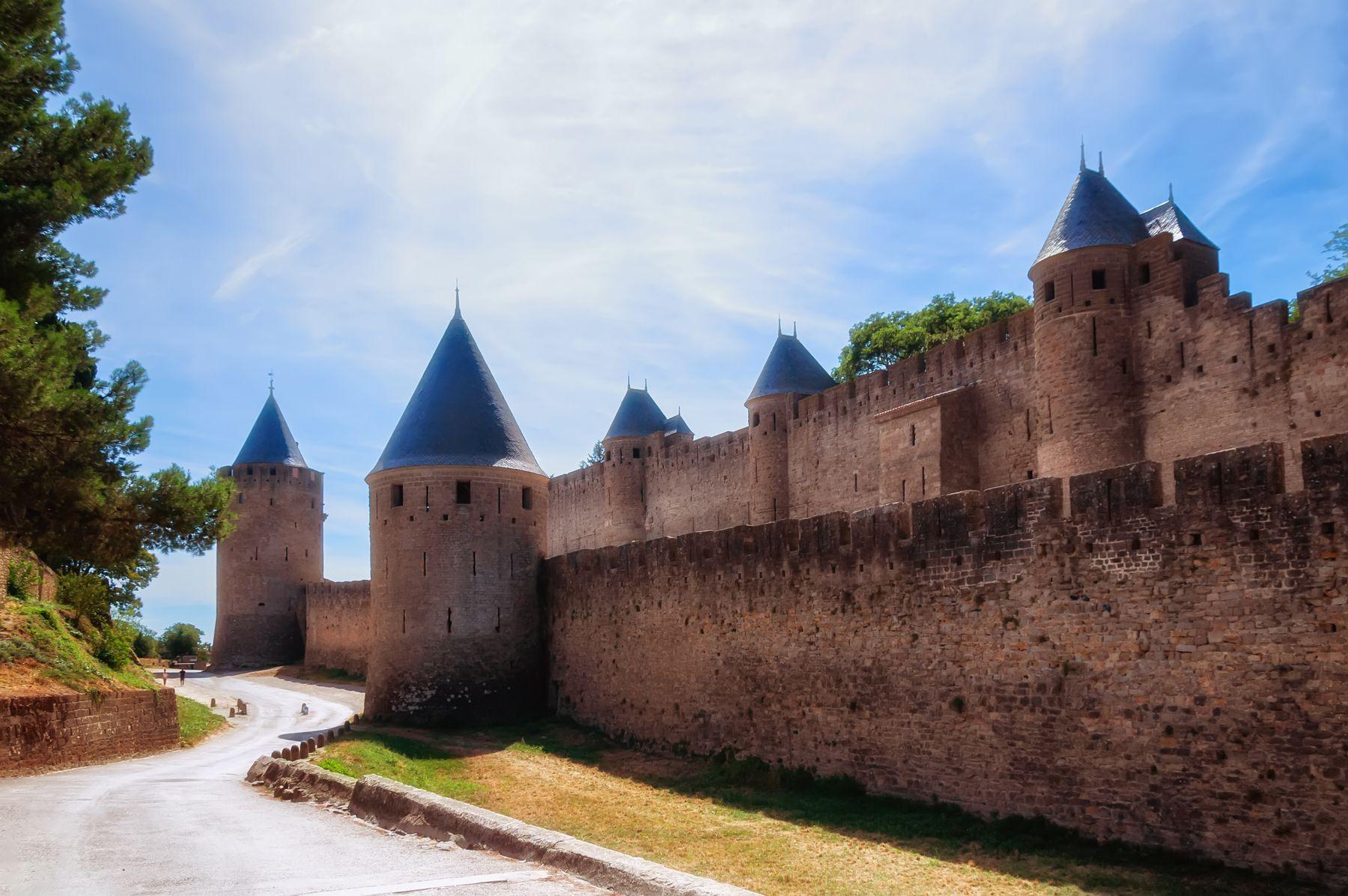 Замок пограничья замок Каркасон