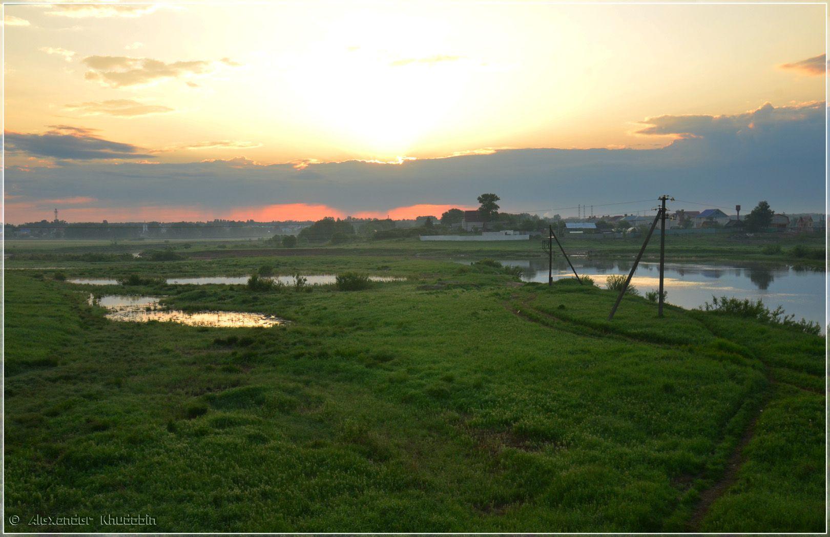 Рассвет над Ярославлем рассвет ярославль отражение небо деревня