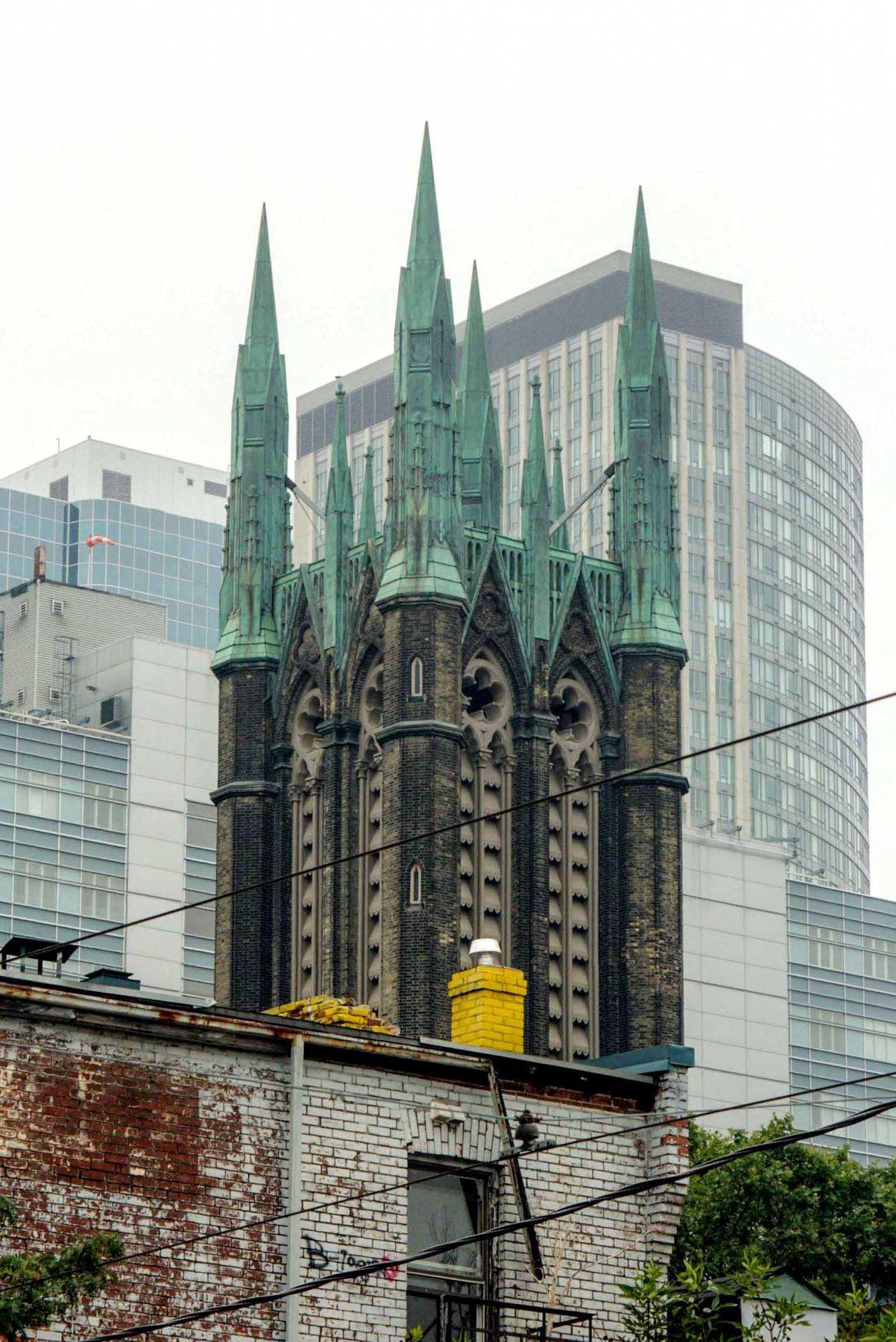Жёлтая труба. Торонто