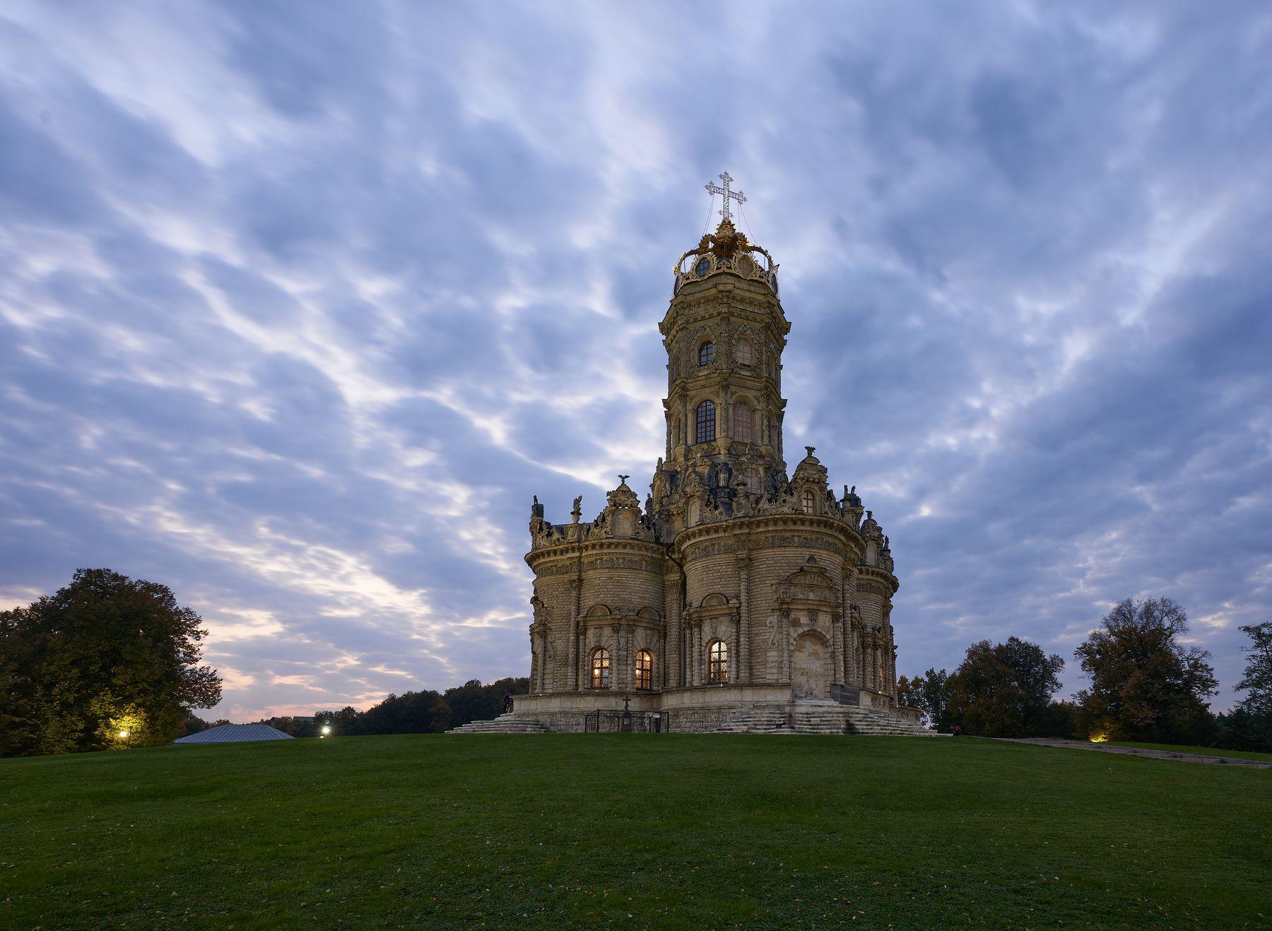 Церковь Знамения Пресвятой Богородицы в Дубровицах Дубровицы церковь Подмосковье
