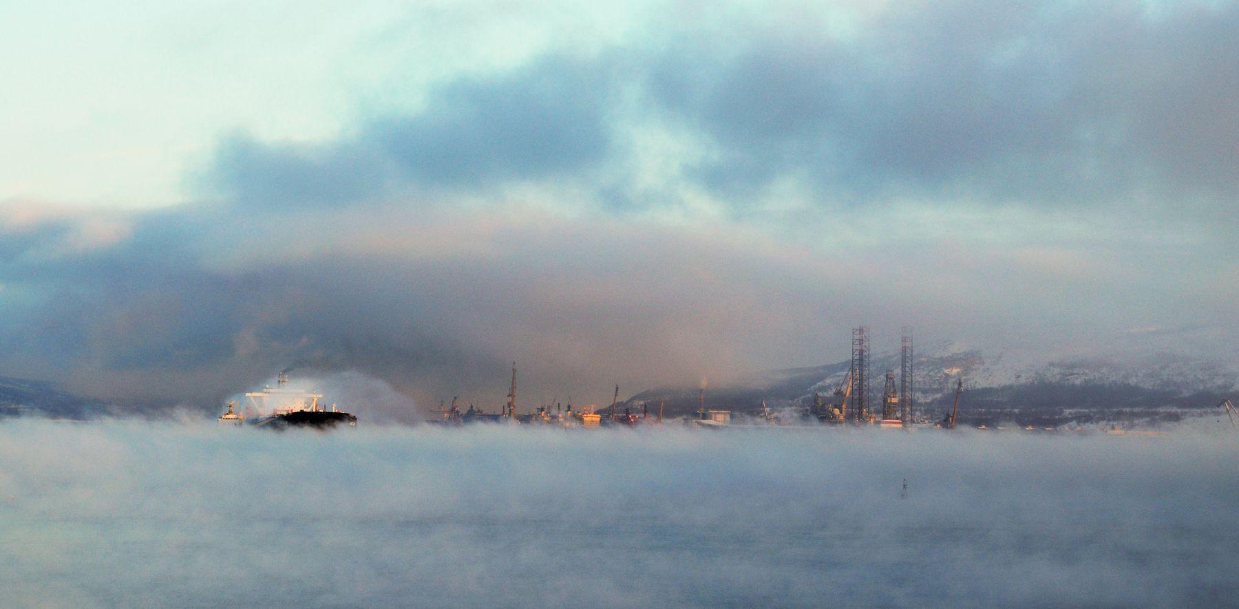 Морозный туман над Кольским...