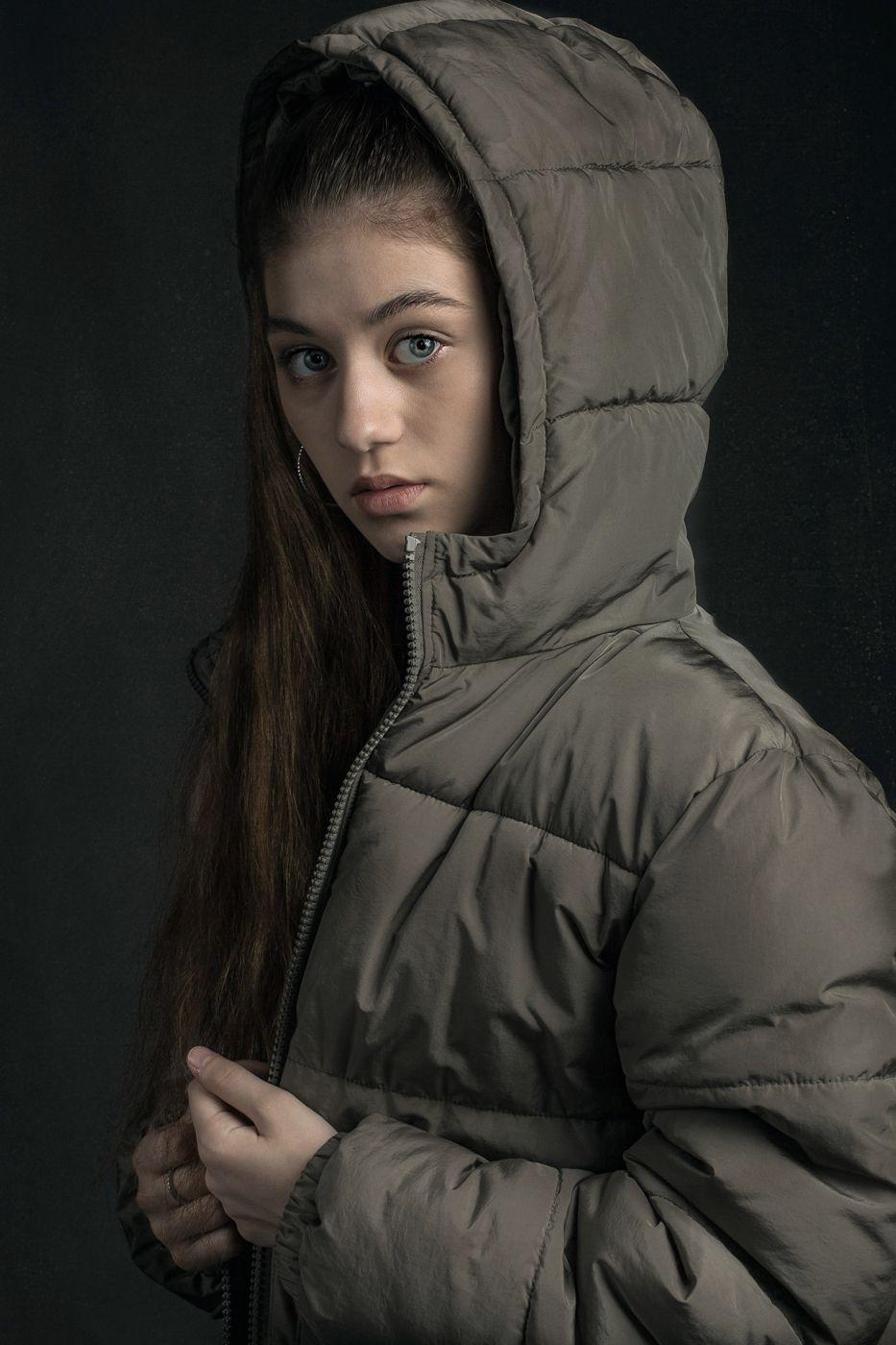 Ева!!! Девушка куртка гламур.вспышка домашняя студия