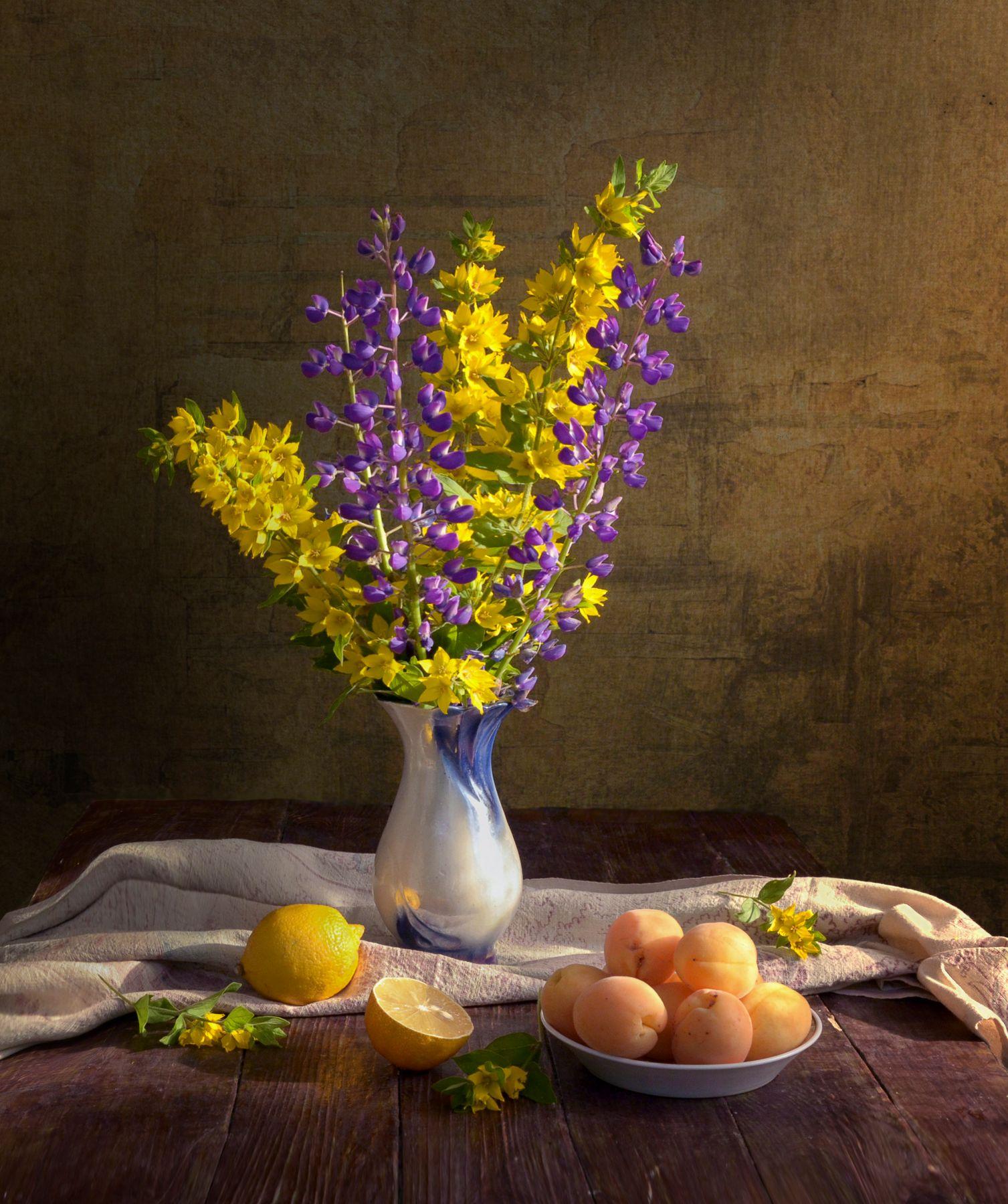 *** цветы в вазе персики лимон