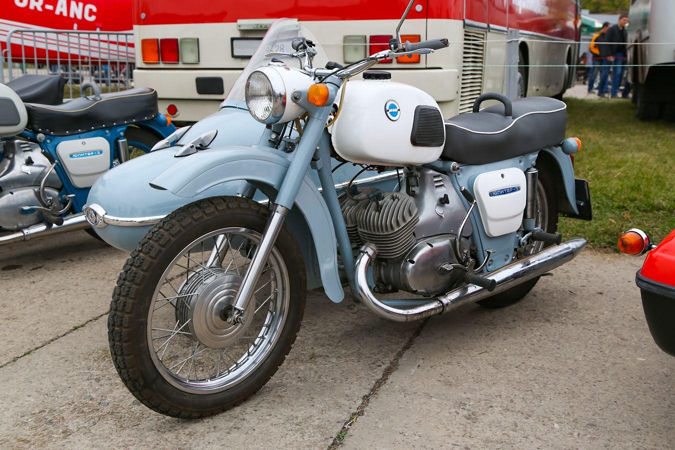 Иж Юпитер-3. Мотоцикл Иж Юпитер-3 ретро oldtimer