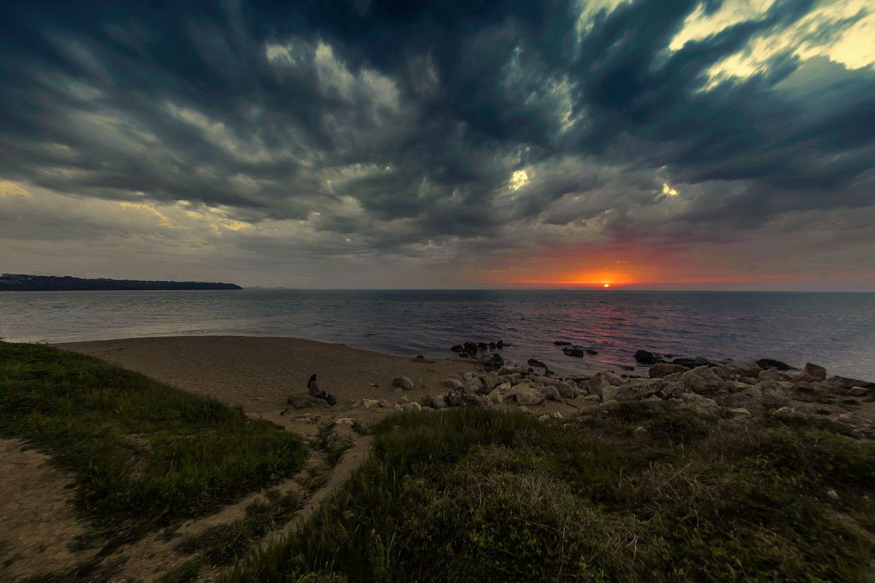 На закате дня море вечер закат облака